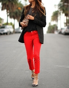 Lubicie spodnie w takich kolorach? <33 Kliknij zdjęcie, aby zobaczyć je w sklepie.