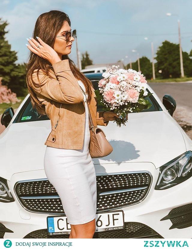 Najpiękniejsze kwiaty na Dzień Mamy w e-kwiaty.pl :)Dostawa gratis w całej Polsce
