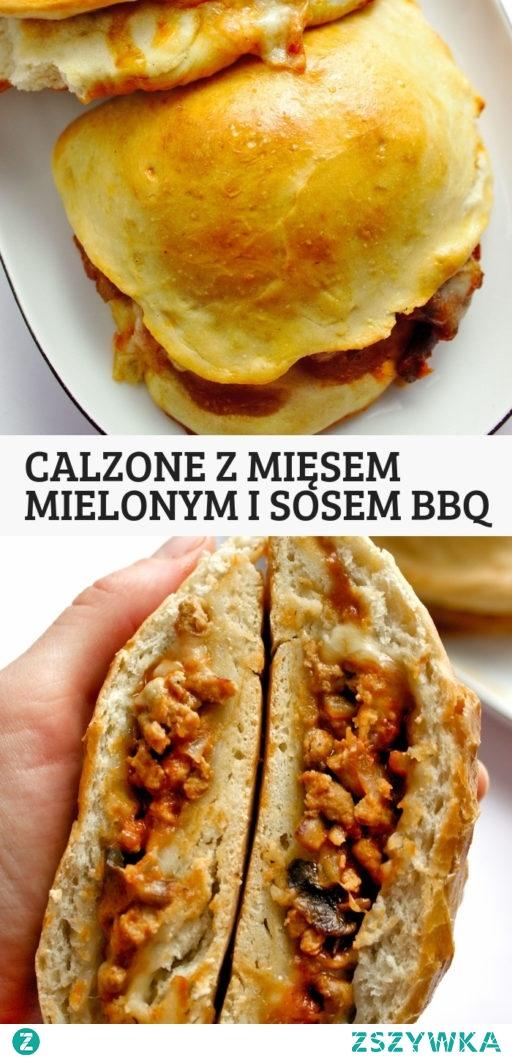 Calzone z mięsem mielonym i domowym sosem BBQ