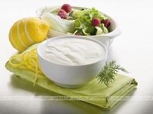 Zielona sałata ze śmietaną