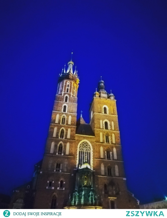 Kraków nocną porą. Nastrojowo i romantycznie  Instagram => @nieidentyczna