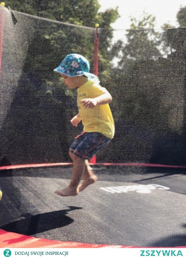 Olbrzymia Trampolina Goliath Mammoth! Dożywotnia gwarancja na ramę. Aż 365 cm średnicy! #goliath #mammoth #trampolina #ogród #lifestyle #fun #joy #parenting #zabawkitotu #swiatzabawek #homeandbaby #jump  zabawkitotu pl