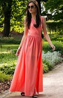 Długa szyfonowa sukienka z ...
