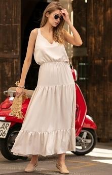 Fobya długa sukienka z falbaną beżowa F738