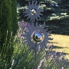 kwiaty z metalu na srebrnek...