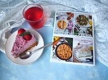 Książka pełna pysznych i prostych przepisów na dania słodkie i wytrawne, pełn...