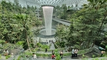 Lotnisko Jewel Changi - Sin...