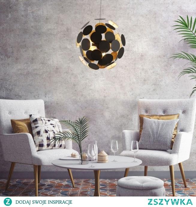 Lampa wisząca DOTS TS-081111P-BK Zuma Line to nowoczesna w kolorze czarnym lampa wykonana z metalu. Jej oryginalny design z pewnością zachwyci nie jedno oko. Lampa jest także fantastyczną dekoracją która może ozdobić zarówno salony, pokoje czy korytarze. Lampa wisząca DOTS wykonana z wielu figur geometrycznych tworząc jedną wielką kulę. To bardzo fajne i nowoczesne wzornictwo często stosowane.