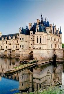 Zamek Chenonceau we Francji...