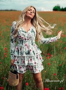 Biała sukienka w kwiaty z kolekcji illuminate <3 na każdą okazję <3
