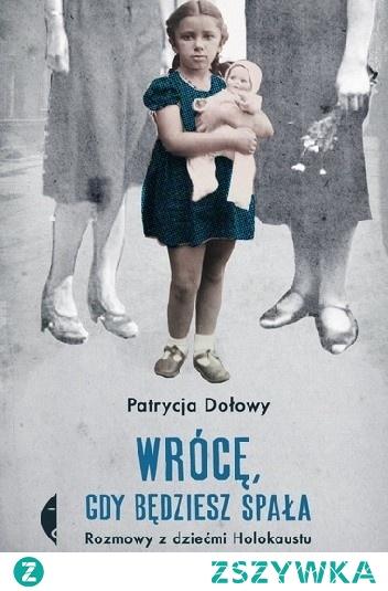 Fanni podała cyjanek swojemu synowi Jurkowi. Mama Biety, dziewczynki urodzonej w warszawskim getcie, uśpiła ją luminalem, umieściła w drewnianej skrzynce i w ten sposób przemyciła na aryjską stronę. Do skrzynki włożyła jeszcze srebrną łyżeczkę z wygrawerowanym imieniem i datą urodzin. Inna matka w czasie likwidacji łódzkiego getta zażyła cyjanek, a córkę wyrzuciła za okno – miała tylko jedną porcję trucizny.  Dziewczynka przeżyła, bo spódniczką zahaczyła o latarnię. Hanę trzy razy ratowała służąca rodziców, Zosia. Potem, gdy dobrze sytuowani krewni chcieli wziąć Hanę do siebie, nie potrafiła porzucić polskiej matki.  Patrycja Dołowy wydobywa – bo kopanie w takich wspomnieniach to ciężka praca – historie żydowskich matek, które by ratować swoje dzieci, stawały przed tragicznymi wyborami, przybranych matek, które nie zawsze potrafiły rozstać się z ocalonymi dziećmi, i dzieci, często już na zawsze rozdartych pomiędzy dwiema tożsamościami, dwiema rodzinami, między poczuciem winy, wdzięcznością i żalem.