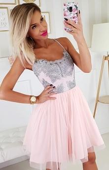 Pudrowa sukienka na ramiączkach 2186-33 w sklepie Iblis.pl