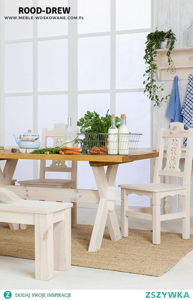 Stół drewniany woskowany, z litego drewna sosnowego