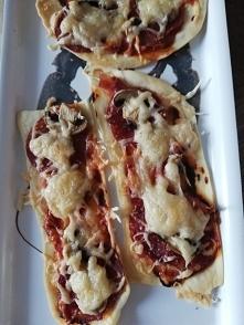 Dietetyczna pizza na cienkim cieście czyli nowy przepis na blogu.