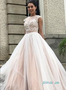 kolorowy tiul #weddingdress...