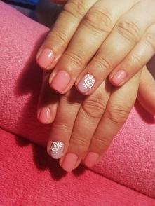 Różyczki #róże #manicure #m...
