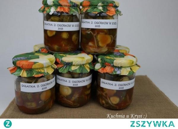 Sałatka z ogórków w sosie