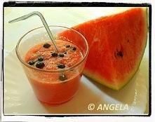 Koktajl arbuzowy z jagodami...