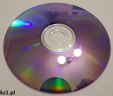 Płyta CD widziana pod mikro...