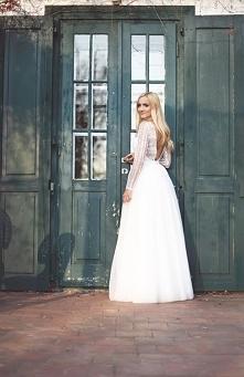 Piękna suknia ślubna od Bar...