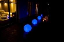 Świecące kule RGB. znajdzie...