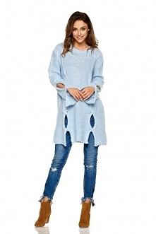 Moherowy sweter z wycięciam...