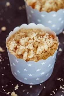 Muffiny z morelami i kruszonką