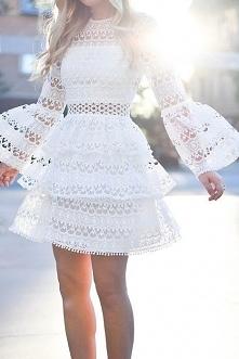 Urocza koronkowa sukienka &...