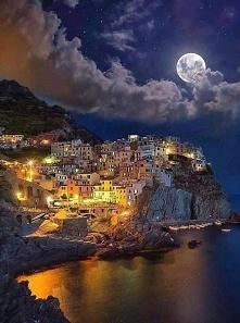 Manorala, Włochy