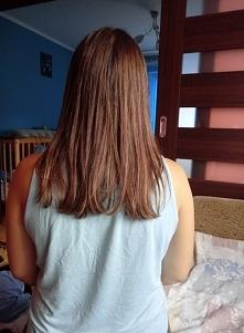 Efekt keratynowego prostowania włosów. W tym katalogu są zdjęcia przed.  Robiłam to produktami Ecanto w domu. Zdjęcie po 2 tygodniach po zabiegu.  Plusy: + Oszczędność czasu, wy...