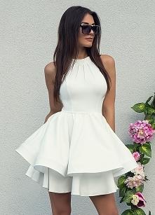 MELANIE - rozkloszowana sukienka z dwóch falban ecru sukienkowo.com Kliknij w...
