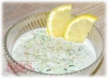 jogurt + świeży ogórek + cz...