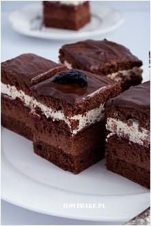 Ciasto czekoladowe z kremem...
