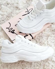 Sportowe buty damskie od Pa...