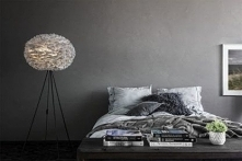 Lampa podłogowa zamiast lampki nocnej, kto jest na tak?