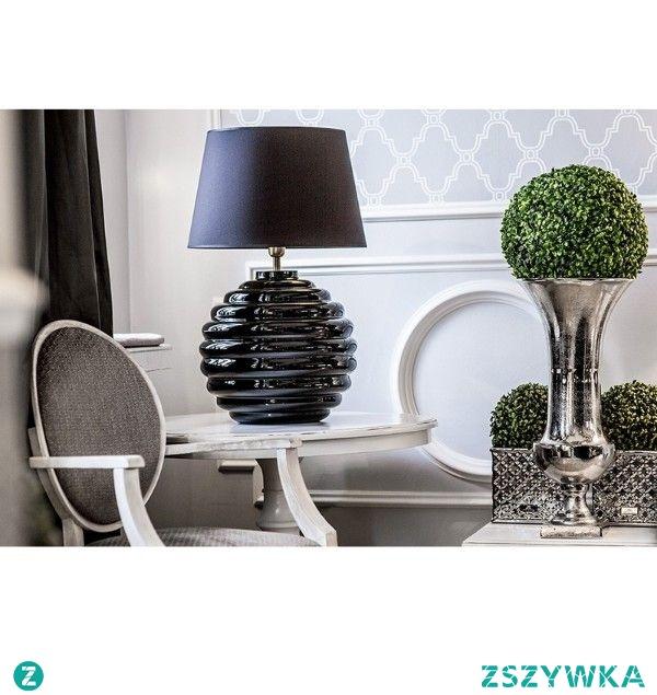 Piękne wnętrza to przede wszystkim idealnie dobrane detale, lampa stołowa jest tutaj niezbędnym dodatkiem