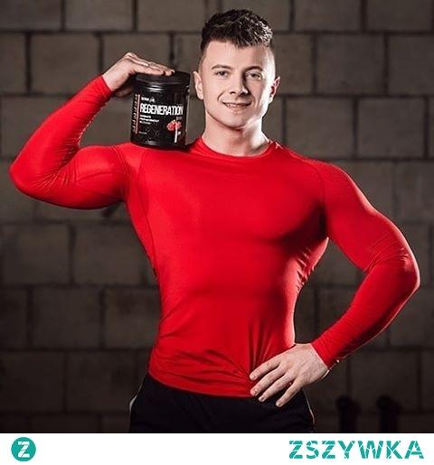 Nutrigo Lab Regeneration przeznaczony jest dla osób szukających wsparcia mięśni po treningu. Dostarcza on wysokiej jakości białek, kazeiny oraz aminokwasów, które skutecznie przyśpieszają regenerację potreningową, zmniejszają ból mięśni oraz wspierają ich budowę.