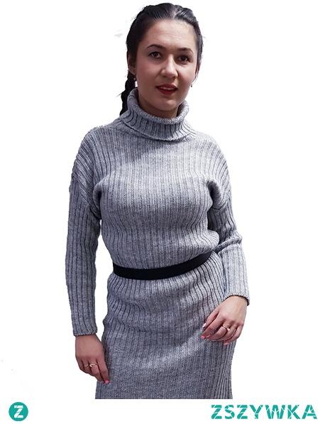 sweter długi z golfem szary