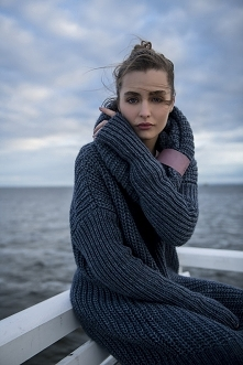 Sukienka swetrowa - Midi