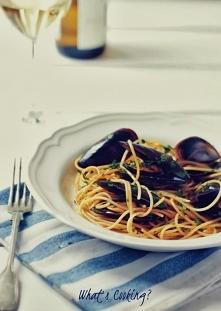 Spaghetti z mulami w białym...