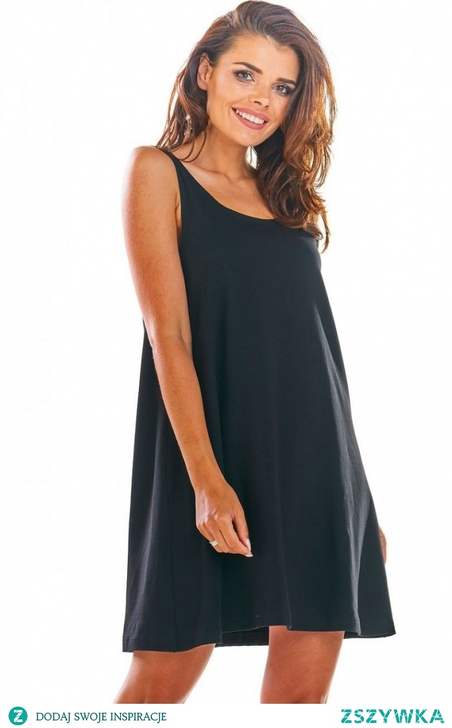 Infinite You Luźna sukienka z dekoltem na plecach M204