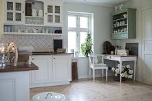Jak urządzić kuchnię z oknnem?. Kuchnia z oknem