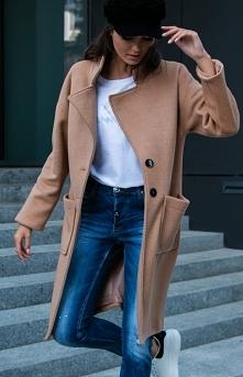 Elegancki wełniany płaszcz ...