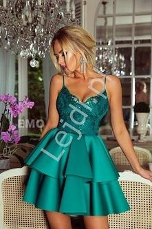 Szmaragdowa sukienka z pian...