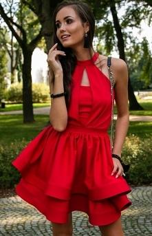 Roco Rozkloszowana sukienka z falbanami czerwona 0202