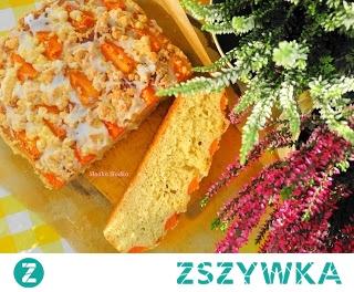 Ciasto Drożdżowe z Morelami i Kruszonką. Pyszne i puchate,pięknie wyrasta,rozkroiłam jeszcze ciepłe,znika szybciutko :-)