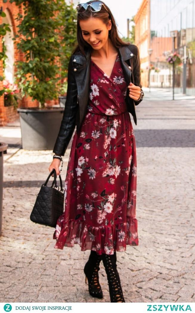 Elegancka sukienka midi w kwiaty od Iblis.pl