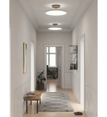 Dobre oświetlenie jest szczególnie ważne w małych wnętrzach, które rozświetlone wydają się przestronniejsze.