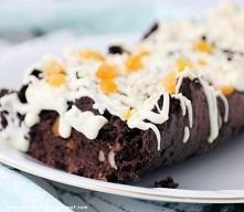 Zaletą tego ciasta jest też to, że mogą je jeść osoby będące na innych dietach, np. bezglutenowej.