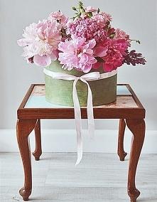 Kwiaty w pudełku, flowerbox.